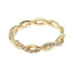 Jewelry - SALE 14K Yellow Gold Twist Stacking Ring